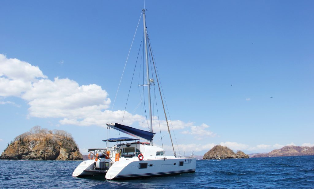 Sailing Papagayo